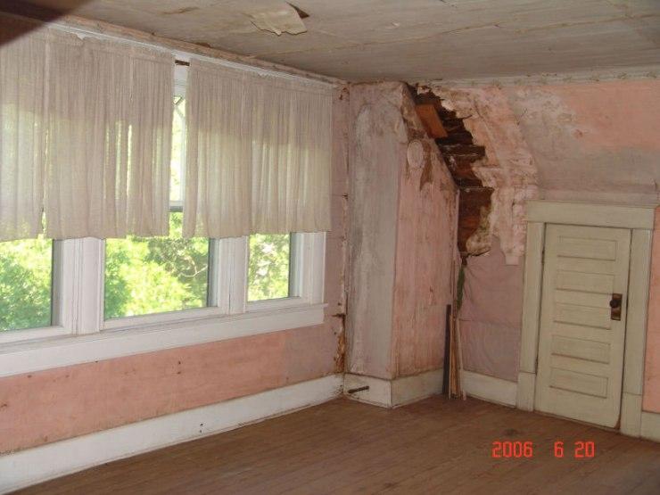 42third_floor_bedroom_damage_jpg
