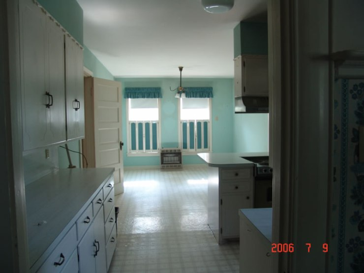 64_kitchen_jpg