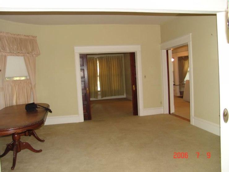 61_view_toward_room_east_of_entry_JPG